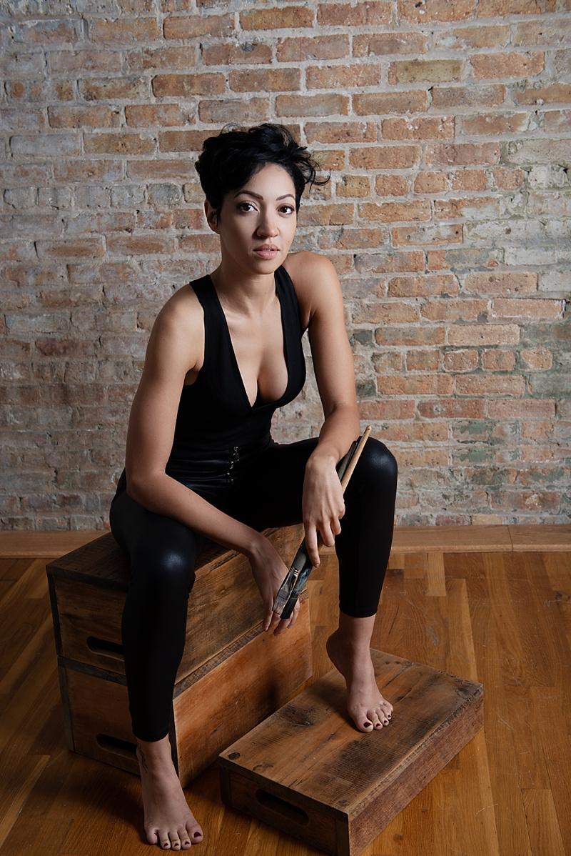Dramatic studio portraits chicago, commercial photographer chicago, studio photography, moody photos, artist portraits Chicago